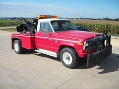 1982 Jeep Tow Truck