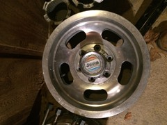 Full size Jeep OEM aluminum slot wheels