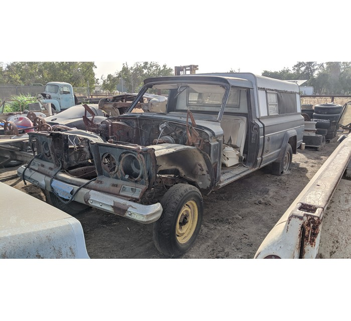 Jeep Parts Truck
