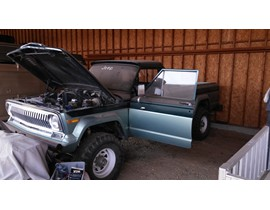 1975 Jeep J20 Body Lifted / Double Shocked - Clean Straight Body Nothing Missing