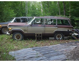 2 Jeep Grand Wagoneers Parts Cars