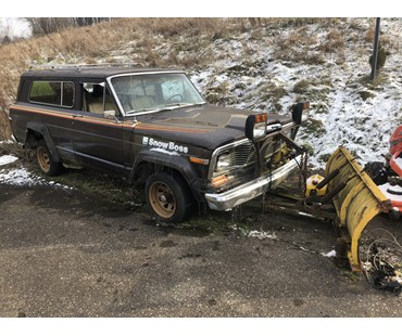 1979 Jeep Cherokee Golden Eagle for Parts
