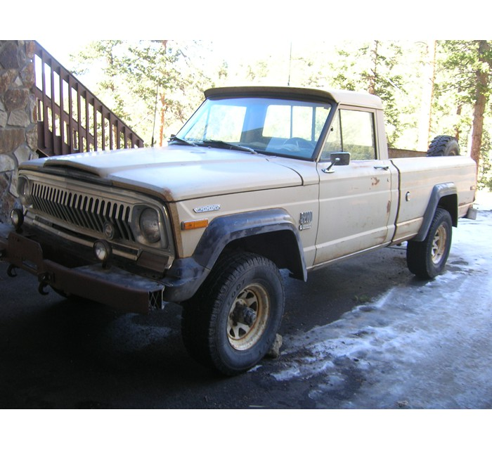 1973 Jeep J2000 Townside Pickup