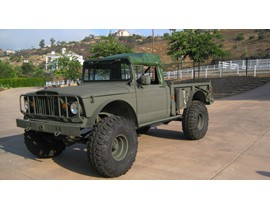 1968 M-715