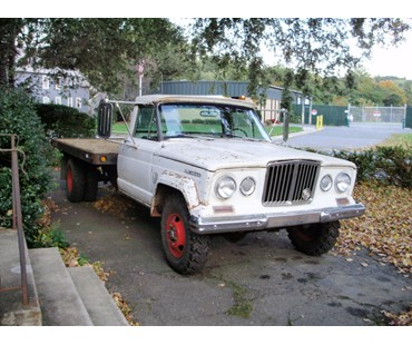 1968 Jeep Gladiator J3800 Dually